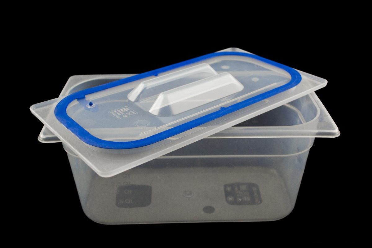 GN19 x 100mm Containers and Self-sealing polypropylene lids